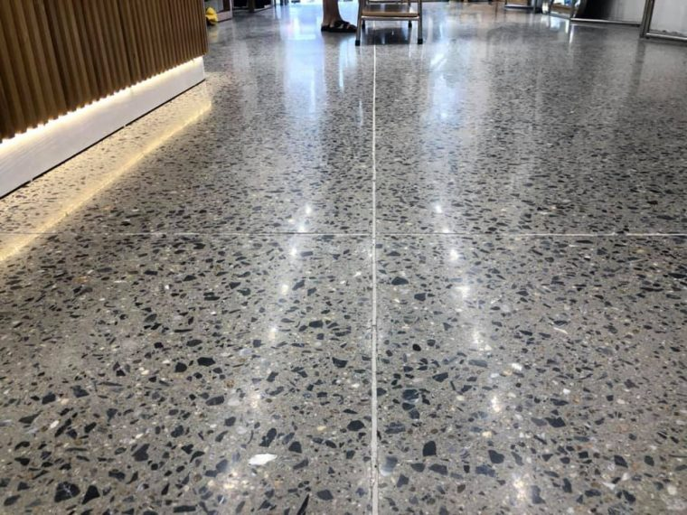 Bê tông mài - Đánh bóng mặt sàn bê tông - Bê tông trang trí BM